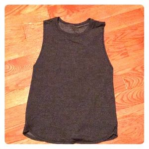 Lululemon In a Cinch tank